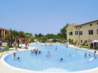 Holiday park Bella Italia, Peschiera  in Südlicher Gardasee - 6 persons, 2 bedr