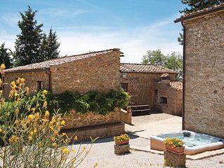 8 bedroom accommodation in Gaiole in Chianti SI