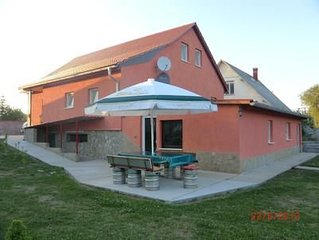 Holiday Balatonfokajar for 4 - 5 people 2 bedroom - apartment in one or multi-f