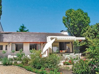 4 bedroom accommodation in Montsoreau