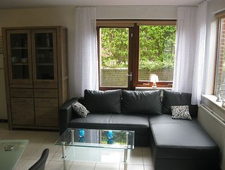 Beautifully bright 3 bedroom apartment on the seafront