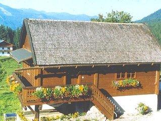 Rustikal eingerichtete Ferienwohnung am Bauernhof