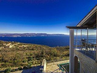 Ferienhaus mit traumhaften Meerblick und Pool