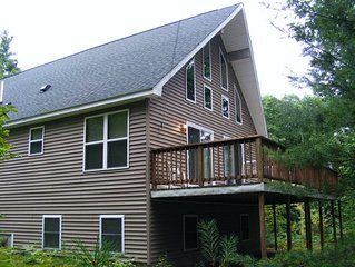 Clean Contemporary Vacation Rental, Sleeps 14 Only Minutes from North Conway