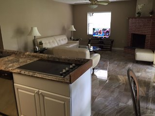 2 Bedroom - 2bath Rooms- King And Queen Beds-Saddlebrook  Gate Community