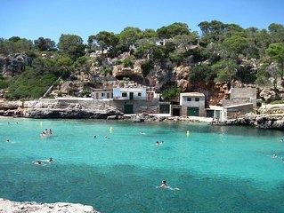 Ferienhaus  mit Pool und Garten  bis 7 Personen , oberhalb der Sandbucht am Meer