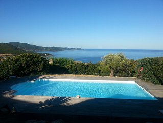Villa avec piscine, vue magnifique sur le golfe d'Ajaccio, proximité plage