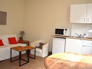 Maison (2 chambres), dans cour privee, Lille Cormontaigne