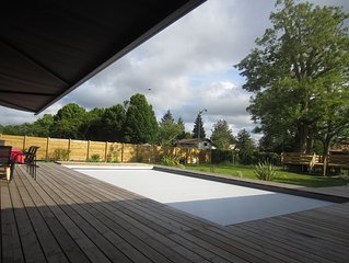 Wooden house brand new, heated pool, 150-sq.m terrace, shaded garden