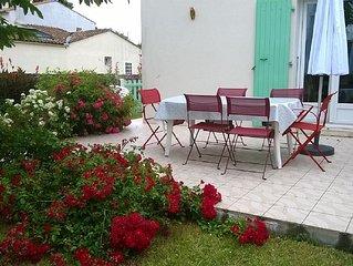 Jolie maison de plein pied avec jardin clos
