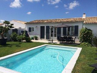 Maison avec piscine chauffee, jardin, patio, pistes cyclables a 150 m.