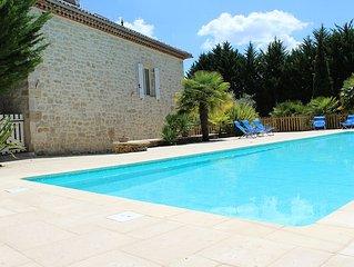Maison en pierre avec grande piscine privee 16,5 X 5