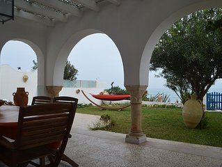 Villa directly on the beach of Maamoura, close to Nabeul