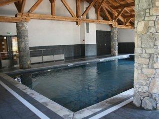 Samoëns appartement neuf (4 pers) proche de tout, piscine intér, parking couv