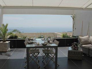 T2 vue mer exceptionnelle, grande terrasse, residence de standing avec piscine