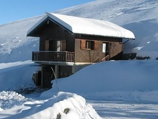 Valmorel Chalet Rental Savoy, on the slopes, access to 3 stations
