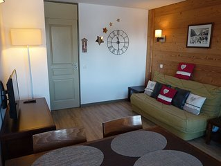Belle Plagne, beautiful 2 rooms, skis / Household, underground parking cost!