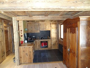 Chalet chaleureux  Vallée de Chamonix   4 chambres  sauna vue chaine Mont Blanc