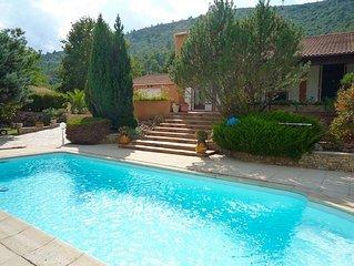 Villa ROCO. Mer, vignes, oliviers, villages typiques, festivals..