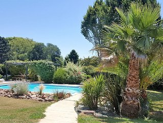 Appartement dans villa, jardin et piscine, 2 *, proche plages Biarritz, golfs