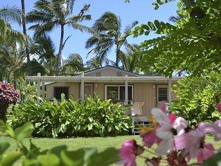 2 Bedroom/2 Bathroom Hawaiian Cottage Hideway! Just steps from the ocean