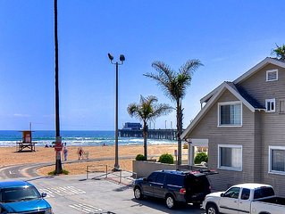 Modern Condo 1 House to Beach & Pier, Steps to Shops, w/AC & Parking