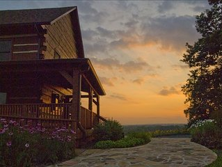 Mountain Lodge on 86 Acre Horse Estate. 45 Min. from Washington, D.C.