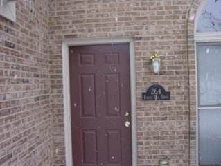 3 Bdr/3 Bath House in Andover Convenient to All of Lexington