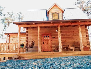 New-Traditional Kentucky Style Cabin ON RIVER NEW CONSTRUCTION! Best in Mentone.
