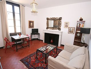 Authentic Apartment Overlooking The River Sorgue