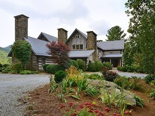 Mountain Elegant Log Home Located Btwn Highlands & Cashiers w/ Fantastic Views!!