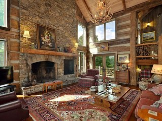 Rustic Mtn. Elegance with views located Btwn Highlands/Cashiers/Lake Glenville!