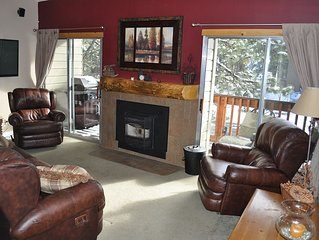 'Play Big' Sleep 6 in Spacious & Cozy Shockley Family Place!