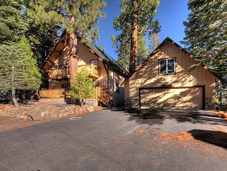 Remodeled 4 Bedroom with Hot Tub & Pool Table