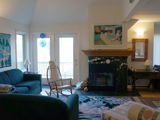 On Mountain Sunday River 4 Bedroom Townhouse - Skin-In/Ski-Out - Sleeps 12