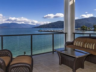 Luxury Lakefront Condo at the Seasons Resort in Sandpoint!