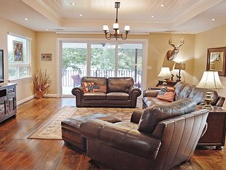 NEW! Lazy Days - 6BR, 6BA, Sleeps 19, Pool Table, Decks, Sunset Views!