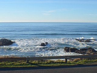 A Pelican's View - Oceanfront Yachats