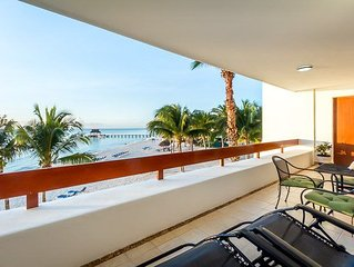 Beachfront, Amazing Ocean Views, Two Pools