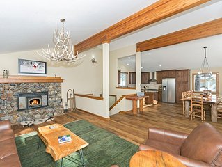 Sherwood Chalet - 3 BR Remodeled Home in Spectacular Setting