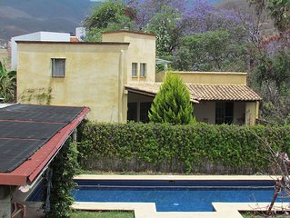 Stunning 2 bed/2bath house access salt heated pool near center of Oaxaca City