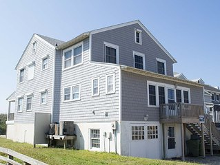 Pet Friendly Traditional Oceanfront Cottage with WiFi!