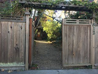 2BR VINTAGE HOME-RESTORED-CENTRAL BERKELEY