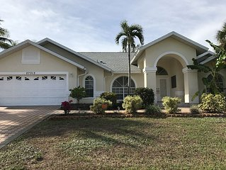 One Story Home With Room to Spread Out!! Pool/Lanai