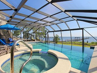 Bayfront, Infinity pool, elevator, private dock, 2 boat lifts, hot tub