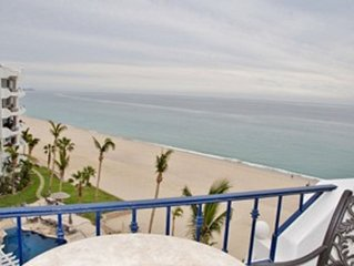 Oceanfront Penthouse- Steps to the Beach, Luxury rental
