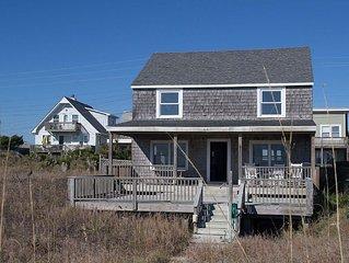 Classic Oceanfront Beach Cottage in Atlantic Beach!