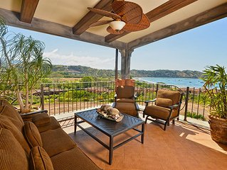 Spacious, Private Luxury Condo with amazing ocean and bay view at Los Suenos!