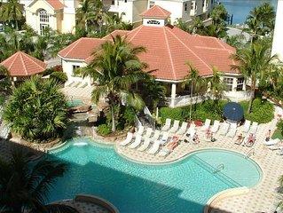*Spacious Penthouse*Walk to Vanderbilt Beach*Pool & Bay Views *WiFi Included