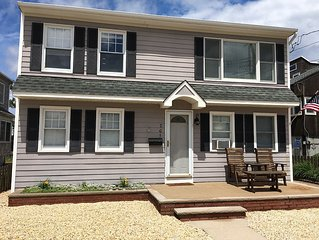 5 Bedroom House - 1 Off the Beach! Great for Multiple Families